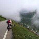 IMG_6721 dem Nebel entfliehen vom Grimselpass